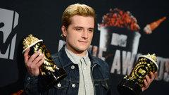 «Голодные игры: И вспыхнет пламя» стал лучшим фильмом по версии MTV Movie Awards