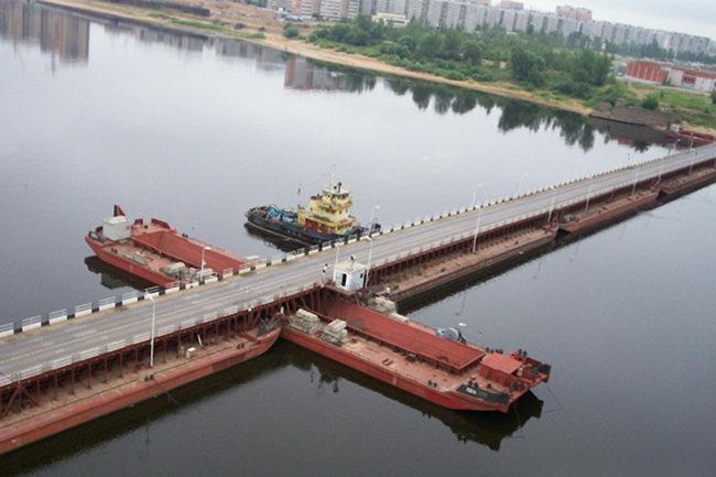 Наплавной автодорожный мост